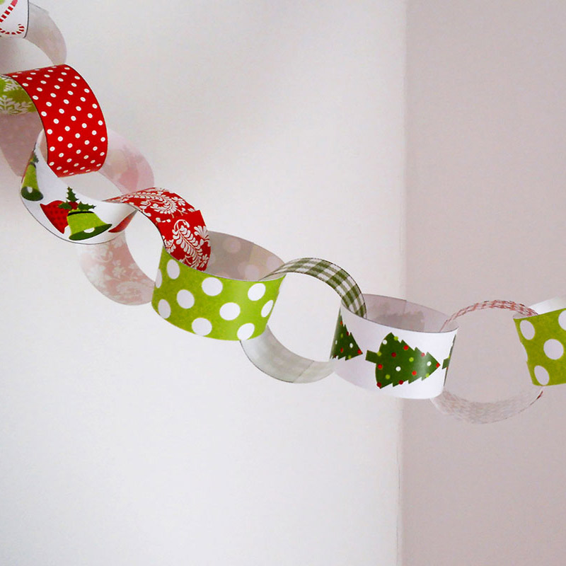 christmas paper chain 1 - Christmas Chain Decorations
