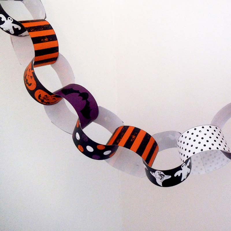 graphic relating to Printable Halloween Paper named Absolutely free Printable Halloween Paper Chain Artistic Centre